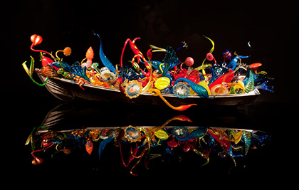Dale Chihuly<br />Barques de Flotteurs et d'Ikebana<br />2012<br />Seattle, Chihuly Garden and Glass<br />Photo Terry Rishel<br>